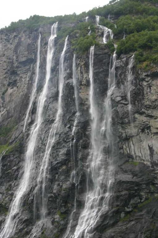 Bild 2558 - Norwegen, Geirangerfjord, 7 Schwestern-Wasserfall