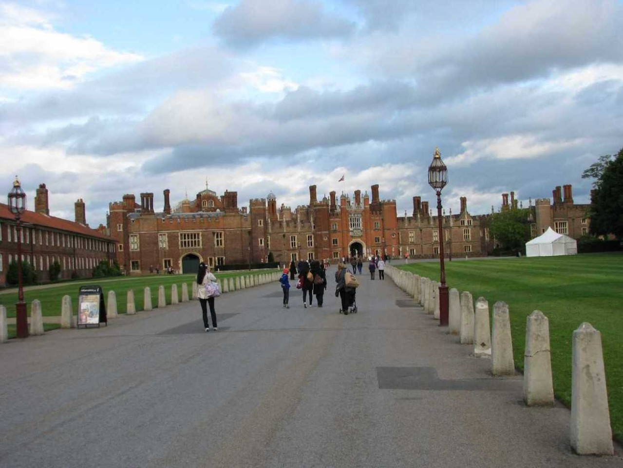 0013_23 Juni 2013_Hampton Court Palace