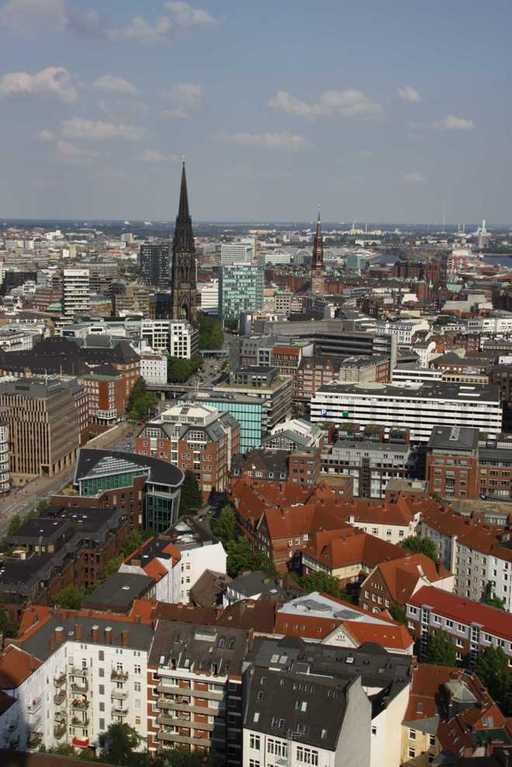 0127_10 Juni 2011_Hamburg_Michel_Aussicht