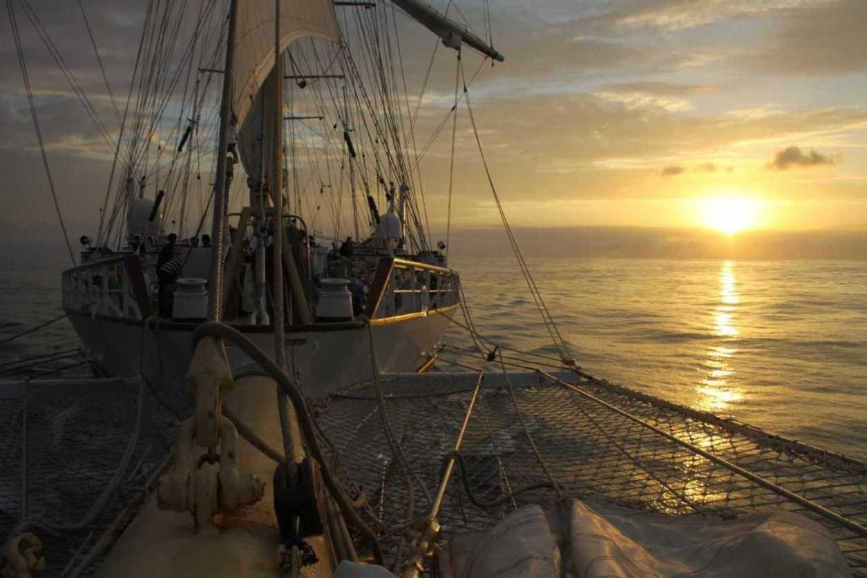 Sprechzimmer: Sonnenuntergang auf der Star Flyer