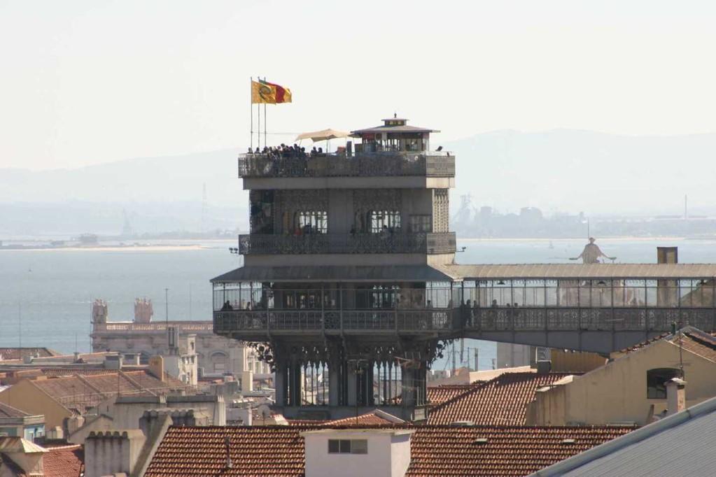 0544_01 Nov 07_Lissabon_VIP Eden_Aussicht_Elevador de Santa Justa