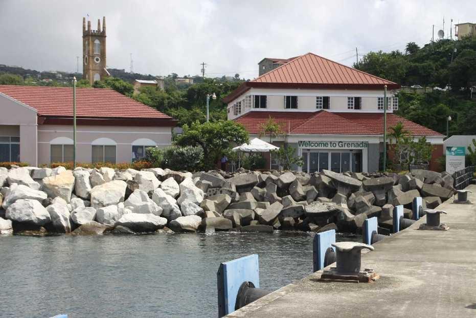 2995_02 DEZ 2013_Grenada_St-Georges