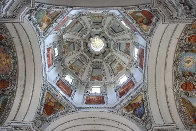 0175_21 Aug 2010_Salzburg_Dom_Innenansicht