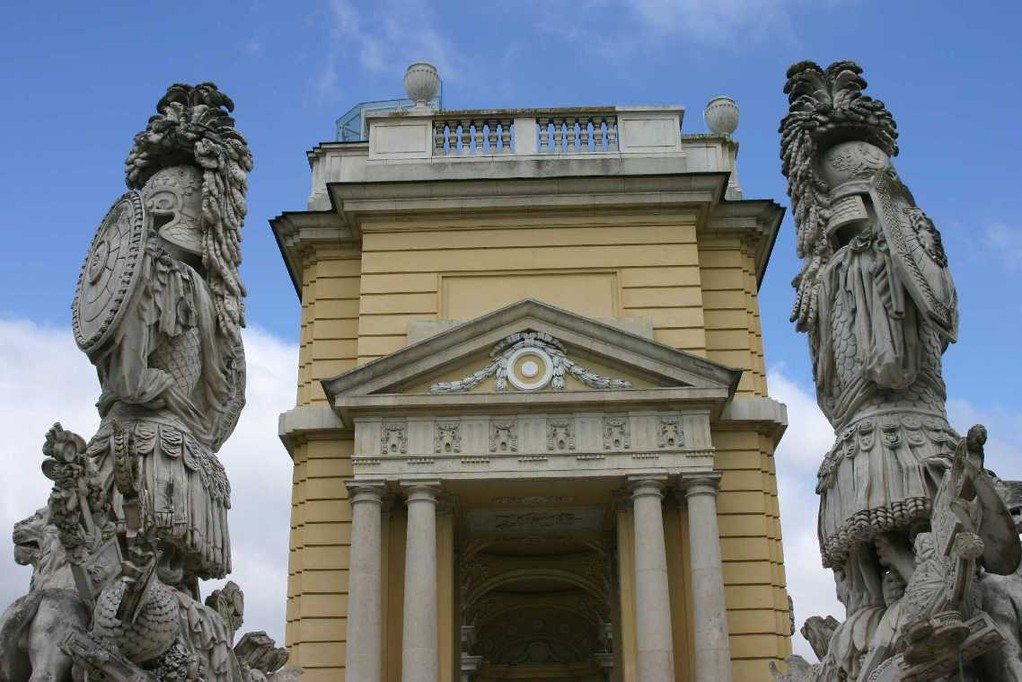 0342_22 Mai 08_Wien_Schloss Schönbrunn_Gloriette