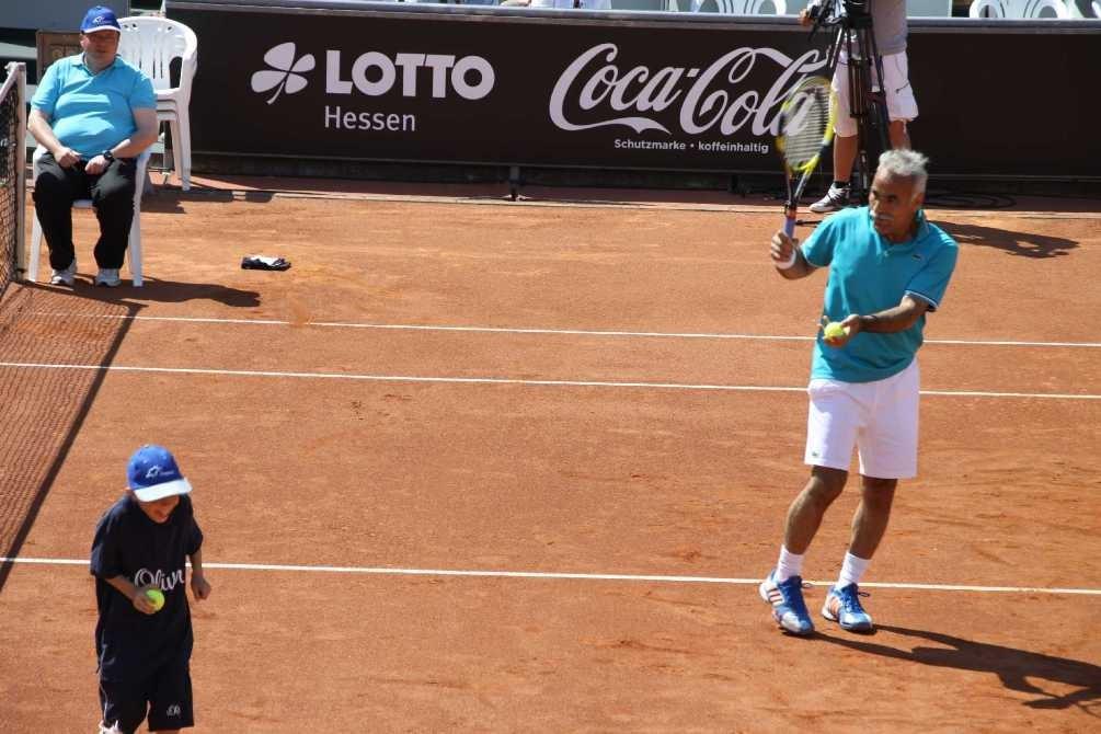 0186_26 Mai 2012_Cup of Legends_Bahrami_Balljunge