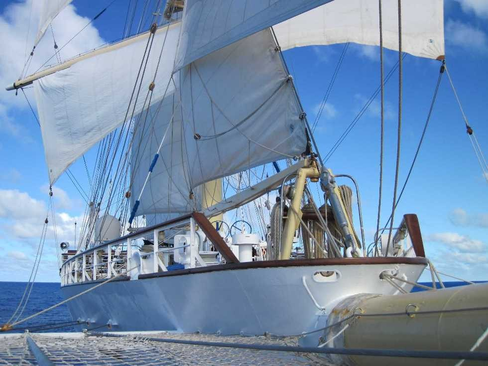 2650_27 Okt 2010_Star Flyer_under full sail