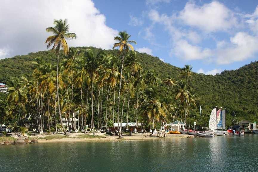4197_06 DEZ 2013_St-Lucia_Marigot Bay