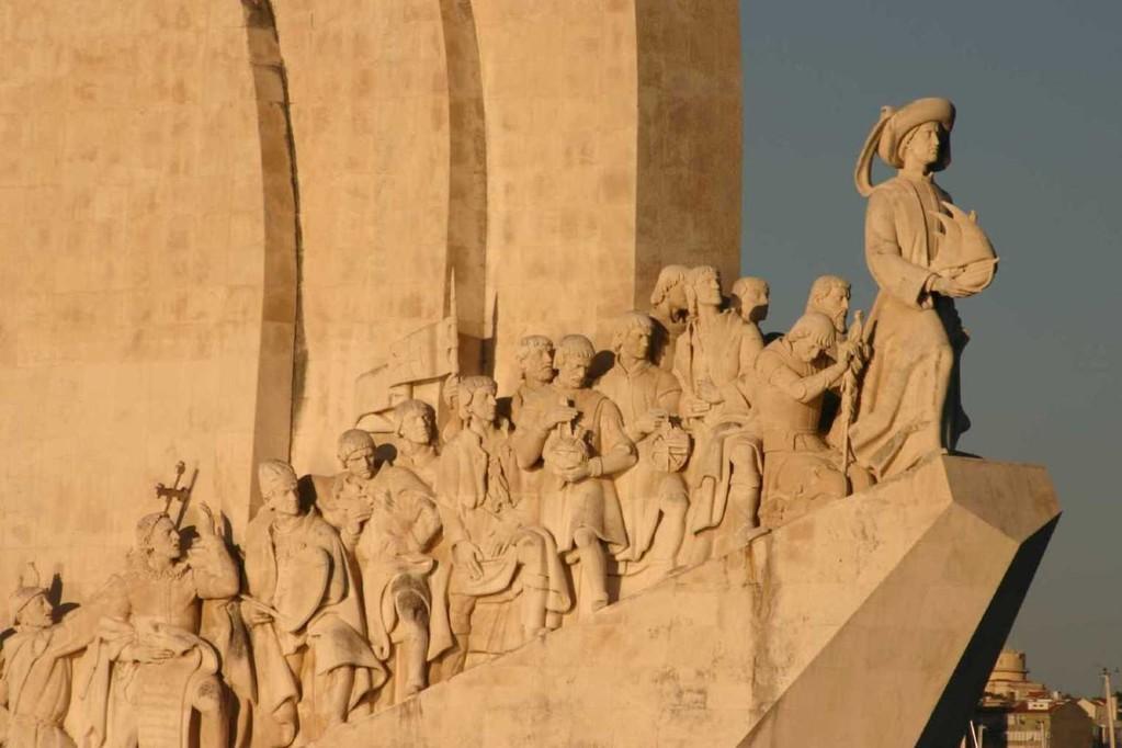 0372_31 Okt 07_Lissabon_Boots-Tour_Padrao dos Descobrimentos_Detail
