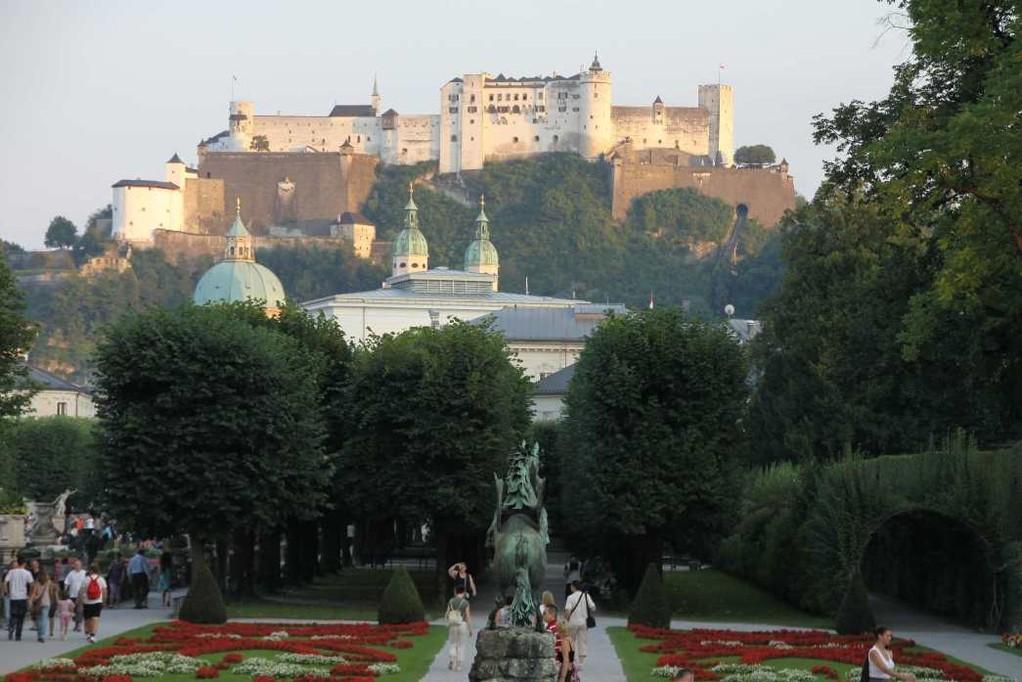 0460_21 Aug 2010_Salzburg_Schloss Mirabell_Mirabellgarten_Festung Hohensalzburg_Dom