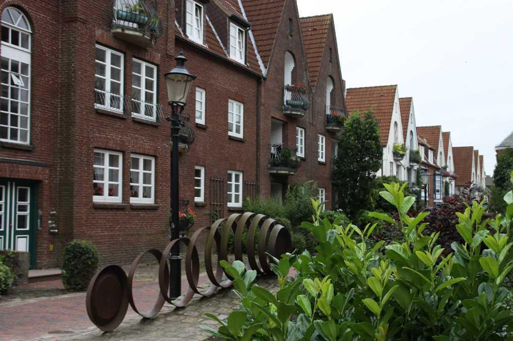 0044_31 Juli 2011_Husum_Schloßgang_Häuser