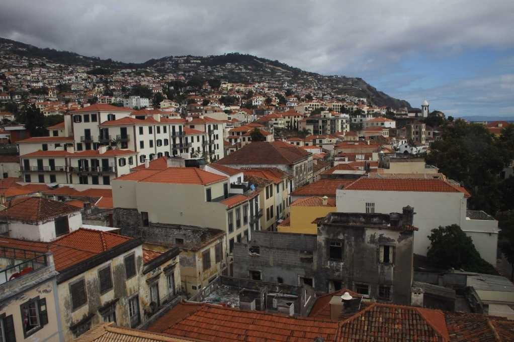 1113_14 Okt 2010_Madeira_Seilbahn-Funchal-Monte_Aussicht