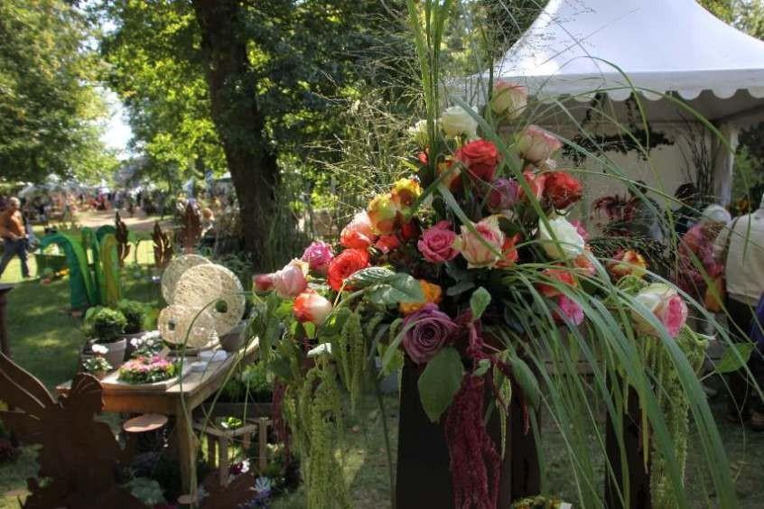 075_0242_16 Sept 2011_Gartenfest_Aussteller