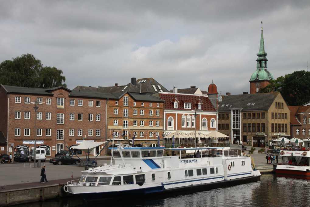 0045_06 Aug 2011_Kappeln_Hafen_Promenade