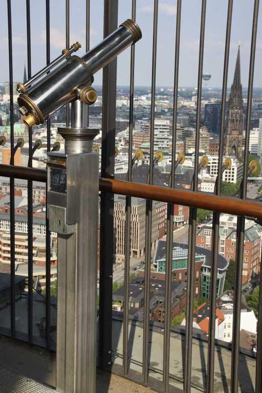 0165_10 Juni 2011_Hamburg_Michel_Aussicht