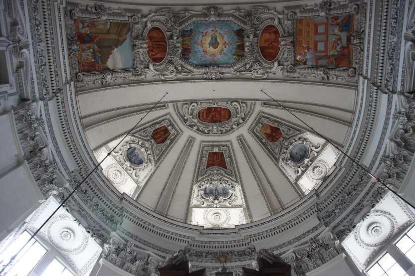 0182_21 Aug 2010_Salzburg_Dom_Innenansicht