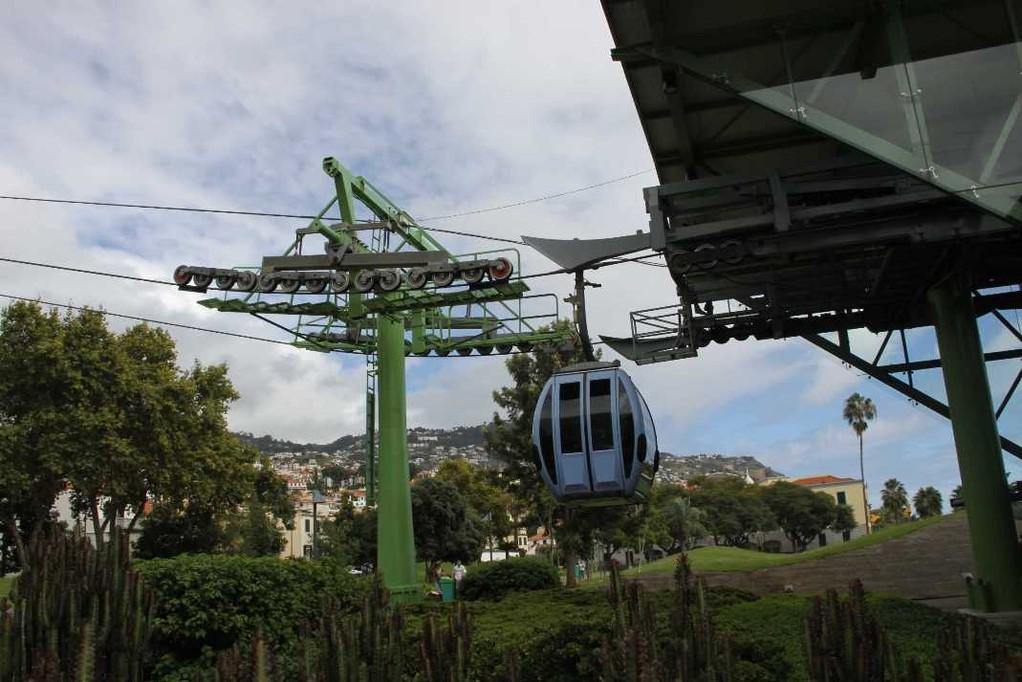 1101_14 Okt 2010_Madeira_Seilbahn-Funchal-Monte