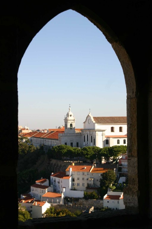 0463_01 Nov 07_Lissabon_Castelo de Sao Jorge_Fenster