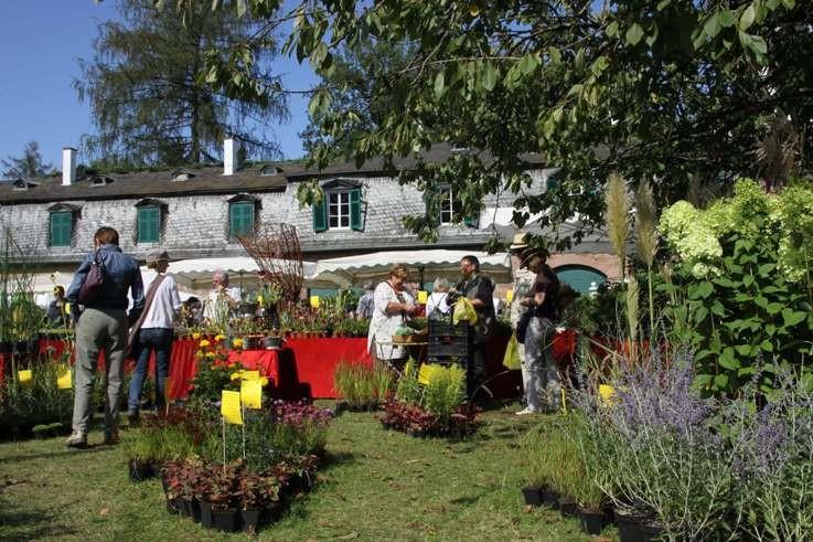 094_0293_16 Sept 2011_Gartenfest_Aussteller