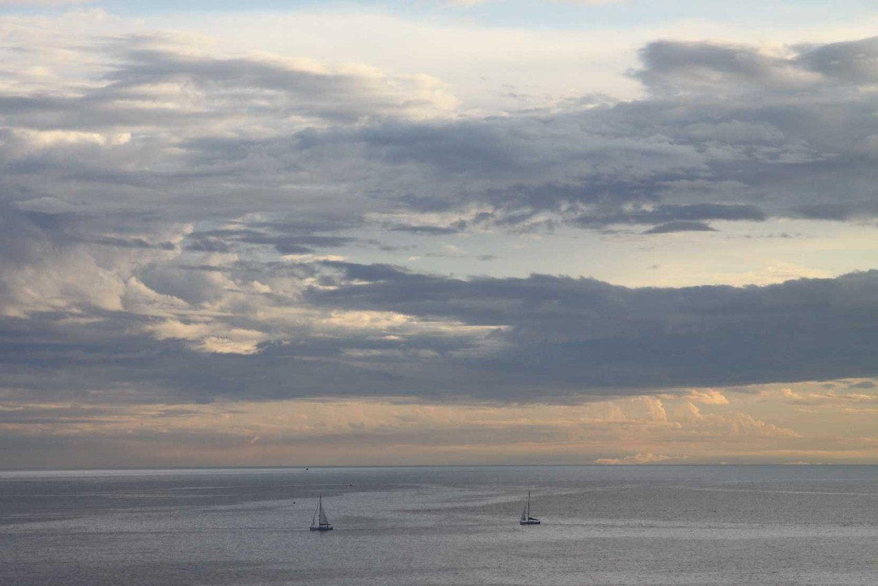 0319_07 Okt 2013_Cinque-Terre_Sonnenuntergang_Segelboote