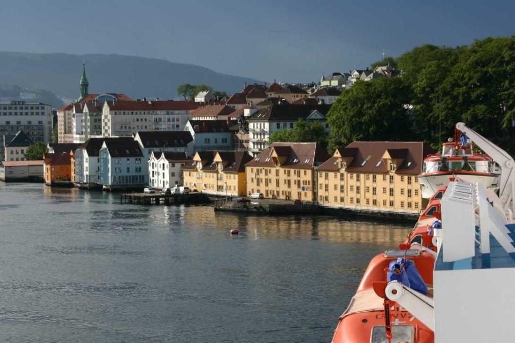 Bild 2861 - Norwegen, Bergen, MS Delphin