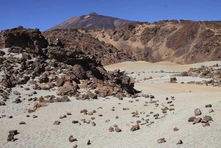 1933_17 Okt 2010_Teneriffa_NP Las Canadas del Teide_Stop_2