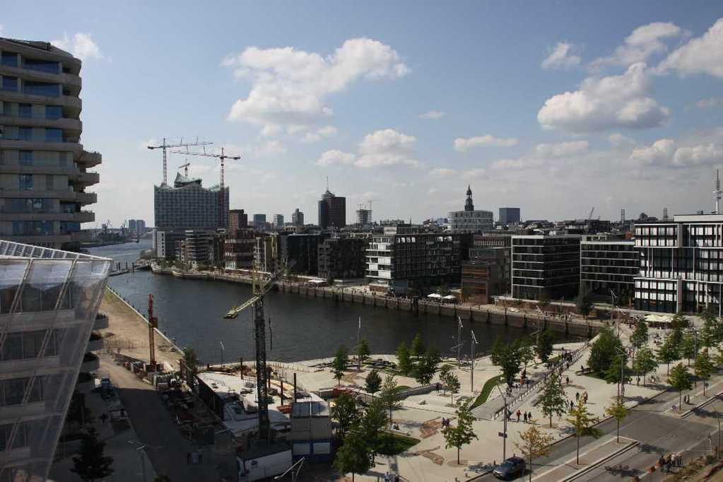0393_11 Juni 2011_Hamburg_Hafen-City_Unilever-Haus