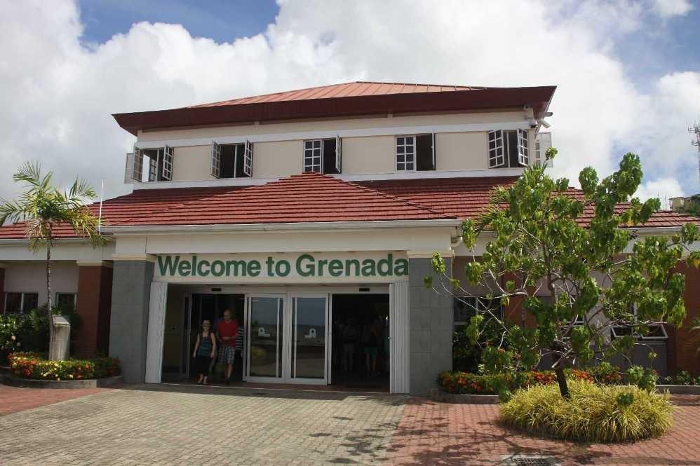 2996_02 DEZ 2013_Grenada_St-Georges