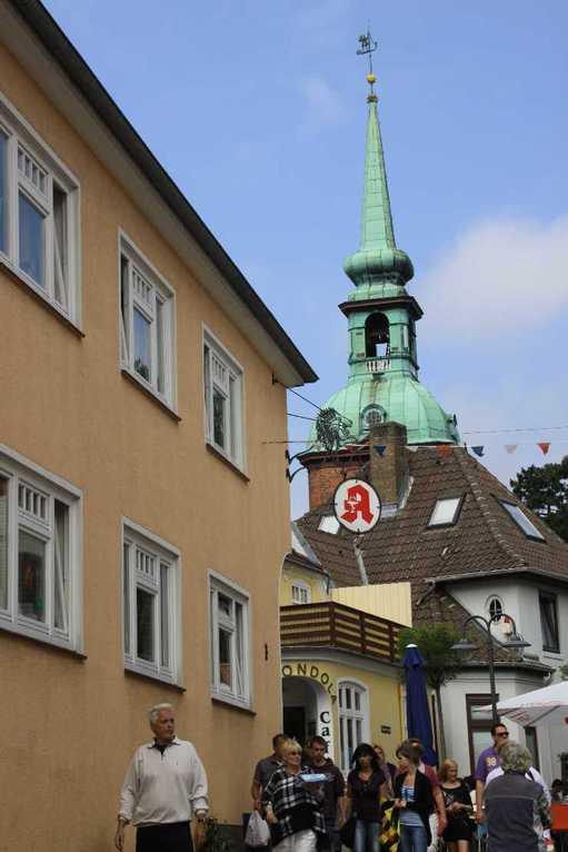 0222_06 Aug 2011_Kappeln_Poststrasse mit St. Nikolai Kirche