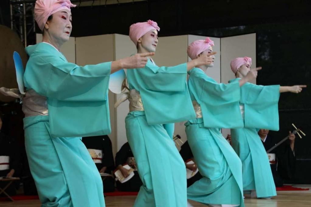222_0589_18 Sept 2011_Gartenfest_Japan_Show_Trommel_Tanz_Orchester