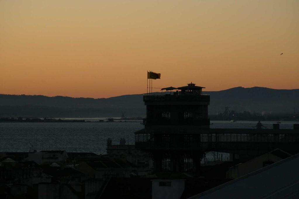 0027_31 Okt 07_Lissabon_Elevador de Santa Justa