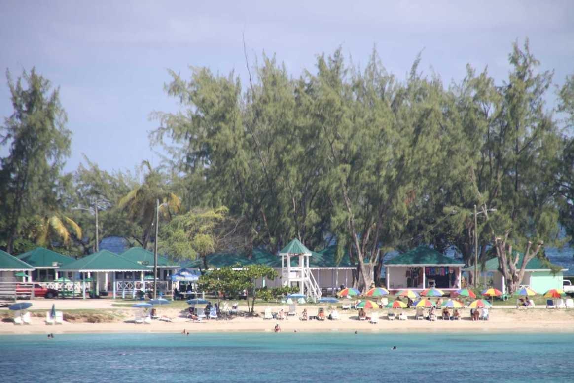 0448_24 NOV 2013_St-Lucia_Rodney Bay