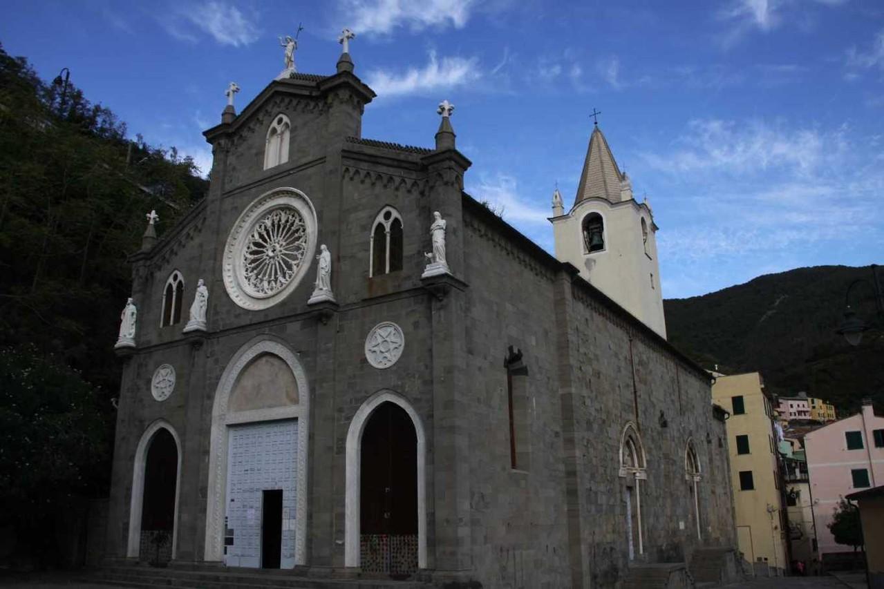 0048_06 Okt 2013_Cinque-Terre_Riomaggiore_Kirche