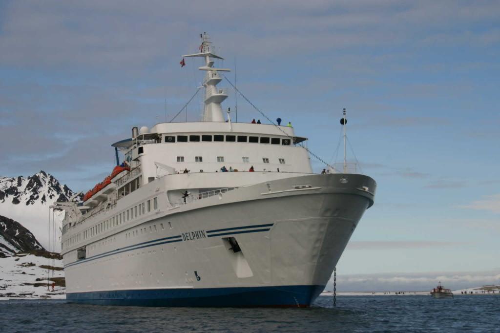 Bild 1083 - Spitzbergen, Magdalenenbucht, Zodiacfahrt, MS Delphin