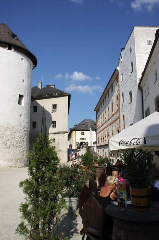 0341_21 Aug 2010_Salzburg_Festung Hohensalzburg_Innenhof