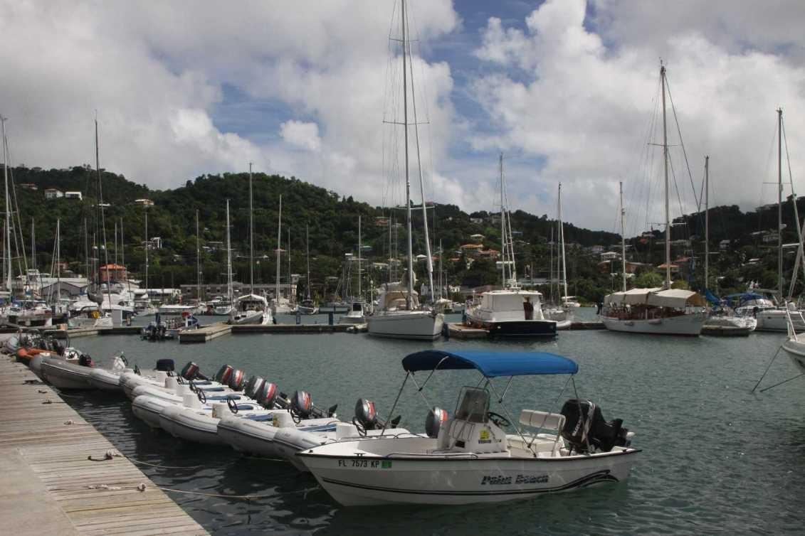 3011_02 DEZ 2013_Grenada_Port Louis_Marina