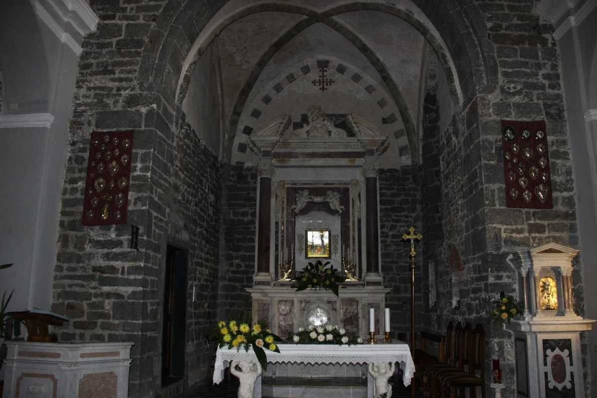 0480_09 Okt 2013_Cinque-Terre_Volastra_Kirche_Nostra-Signora-Della-Salute