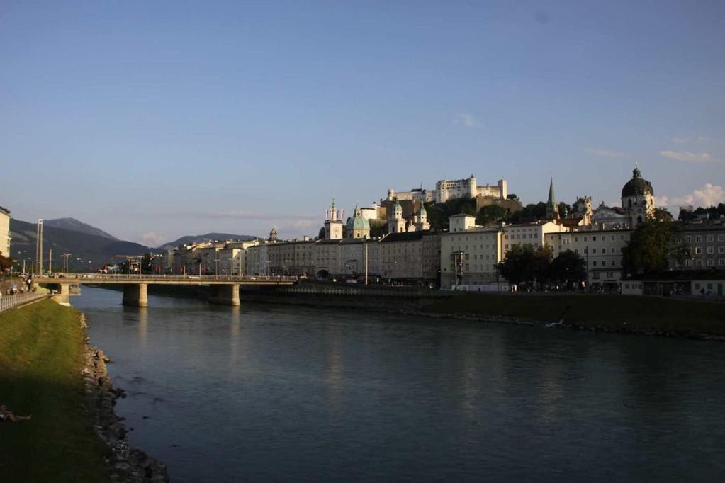 0414_21 Aug 2010_Salzburg_Salzach_Staatsbrücke_Festung Hohensalzburg_Dom