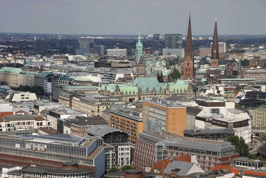 0106_10 Juni 2011_Hamburg_Michel_Aussicht