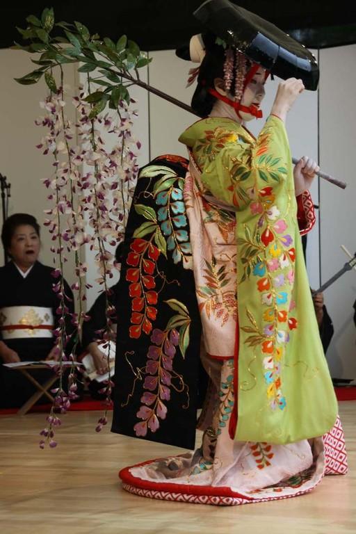 215_0565_18 Sept 2011_Gartenfest_Japan_Show_Trommel_Tanz_Orchester