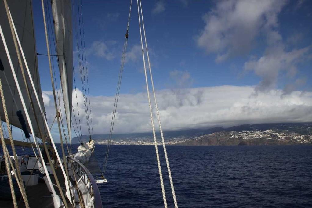 0933_14 Okt 2010_Star Flyer_Madeira_Einlaufen