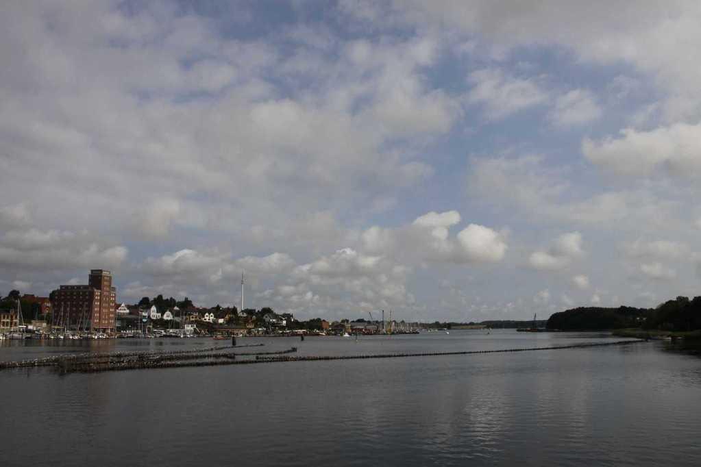 0015_06 Aug 2011_Kappeln_Hafen_Heringszaun