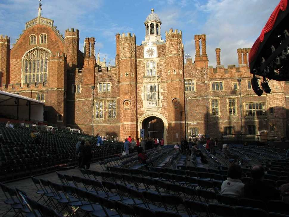 0034_23 Juni 2013_Hampton Court Palace_Stage