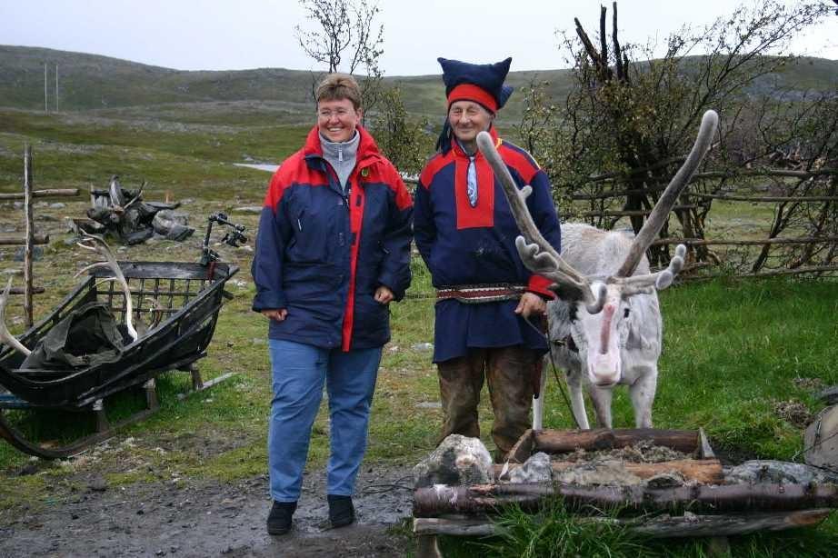 Bild 2077 - Norwegen, Samen + Rentiere