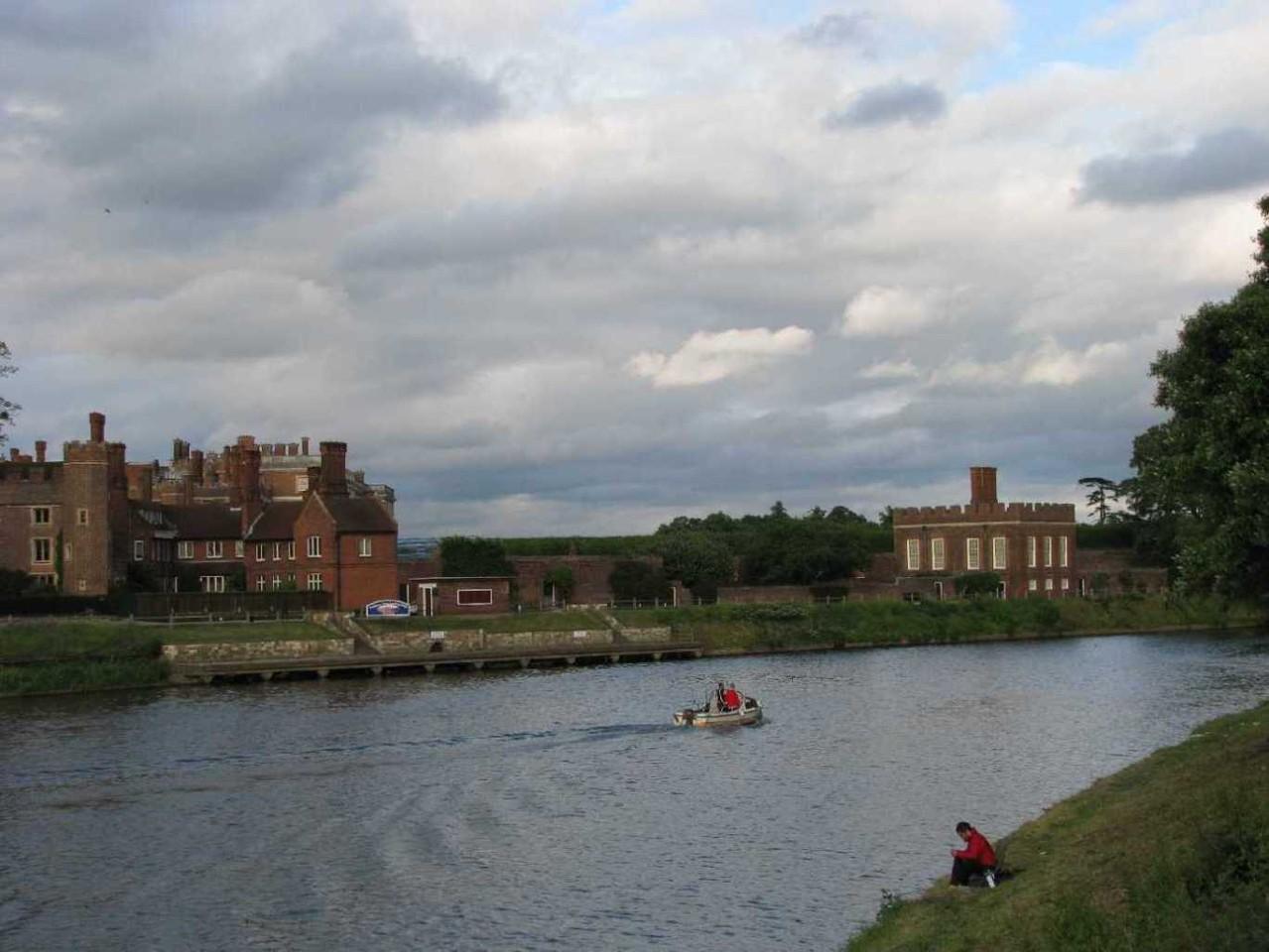 0007_23 Juni 2013_Hampton Court