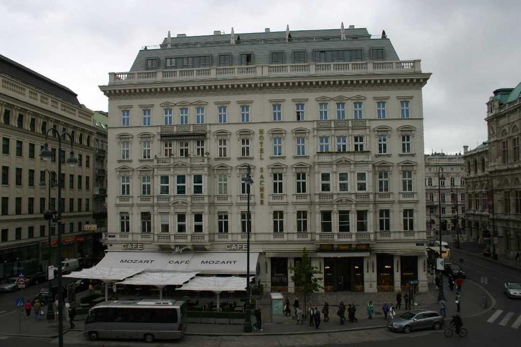 0128_21 Mai 08_Wien_Hotel  Sacher