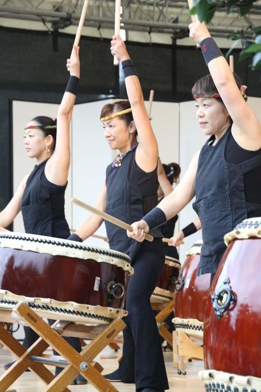 200_0535_18 Sept 2011_Gartenfest_Japan_Show_Trommel_Tanz_Orchester