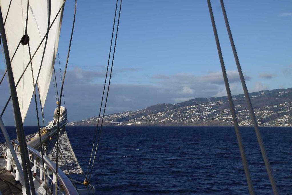 0907_14 Okt 2010_Star Flyer_Madeira_Einlaufen