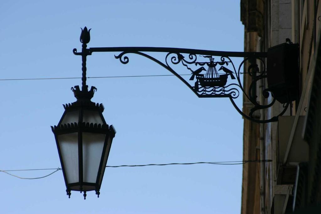 0492_01 Nov 07_Lissabon_Alfama_Laterne