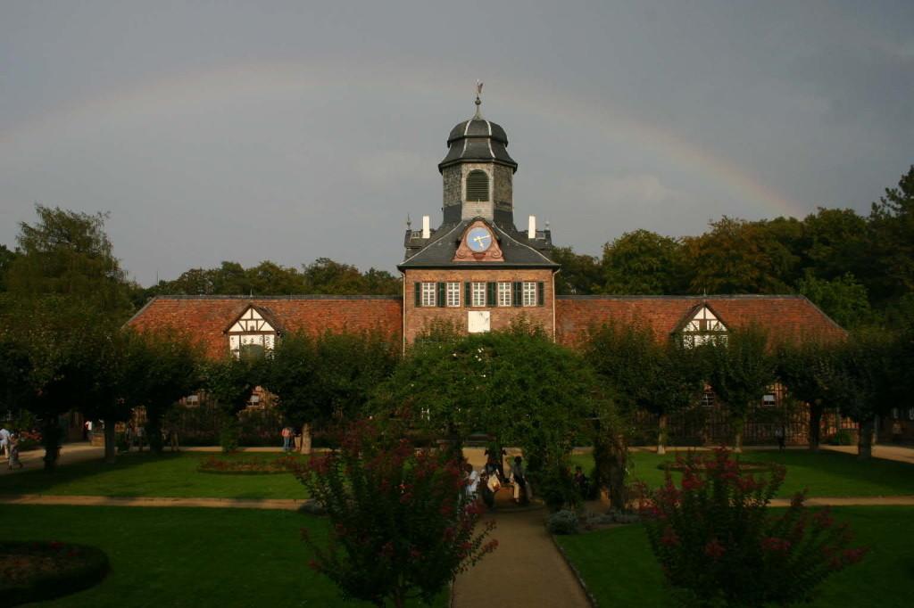 067_0465_20 Sept 2009_Gartenfest_Schloss Wolfsgarten_Regenbogen