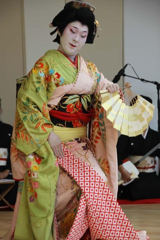 218_0582_18 Sept 2011_Gartenfest_Japan_Show_Trommel_Tanz_Orchester